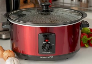 Red Slow Cooker Set To Low