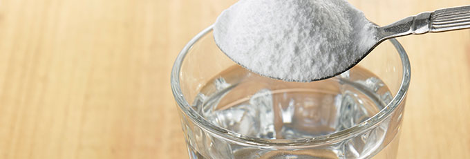 Bicarbonate of soda in water